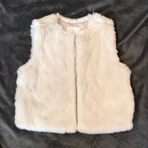 Wilfred faux fur vest
